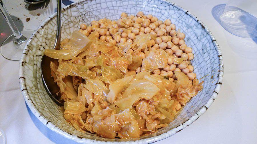RESTAURANTE-CASA-COSCOLO-garbanzos-de-cocido-maragato